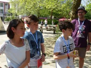 Das Bürgermeisterteam (v.l.n.r. Gioia (10), Jonas (11), Anouar (13), und irgendjemand unwichtiges :-) )